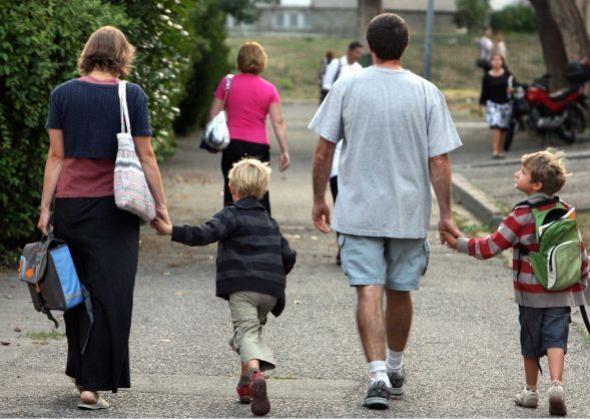 Parents d 39 l ves ils sont en guerre contre les for Sortie yvelines enfants