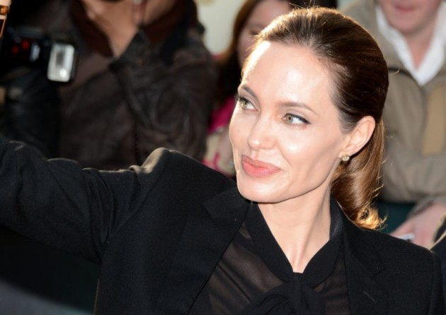 Angelina_Jolie_Cannes_2013