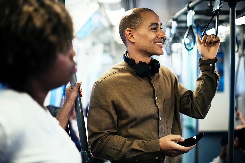 tickets de métro sur smartphone